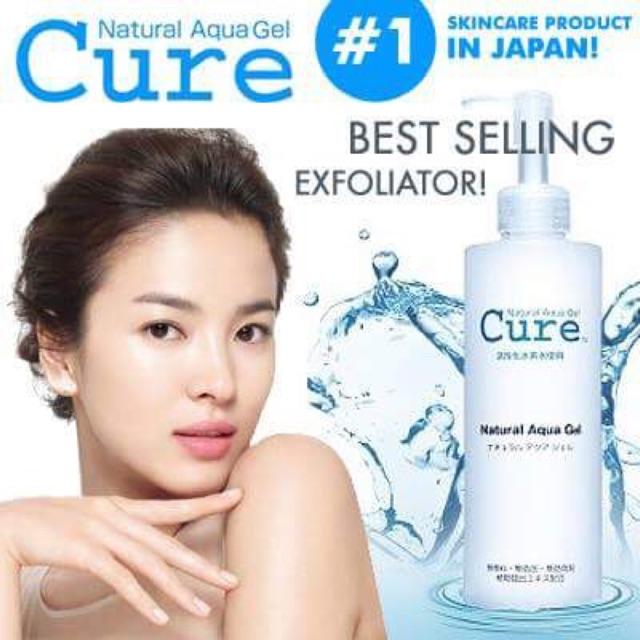 Gel Cure Natural Aqua, tẩy tế bào chết một cách hiệu quả.